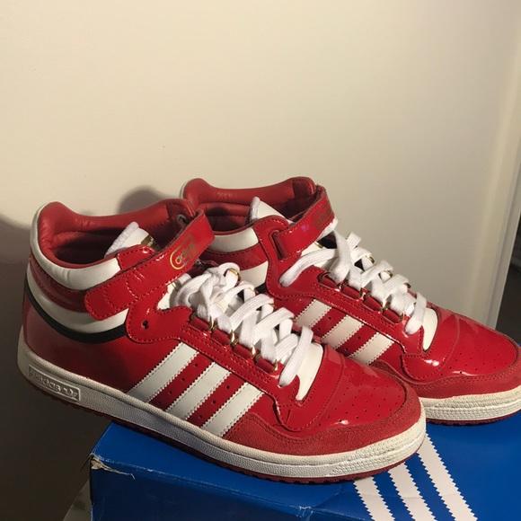 Etapa Hacia arriba Alerta  adidas Shoes | Adidas Concord Ii Mid Patent Leather Sneakers | Poshmark